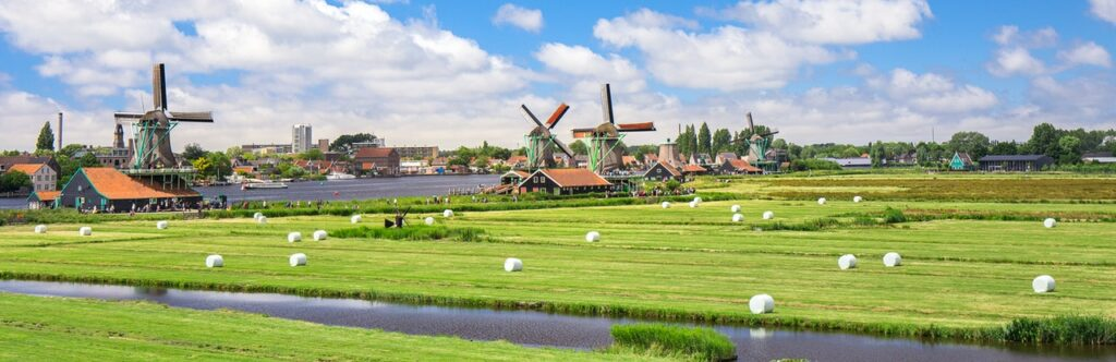 Amsterdam Airport to Amsterdam City Centre best options