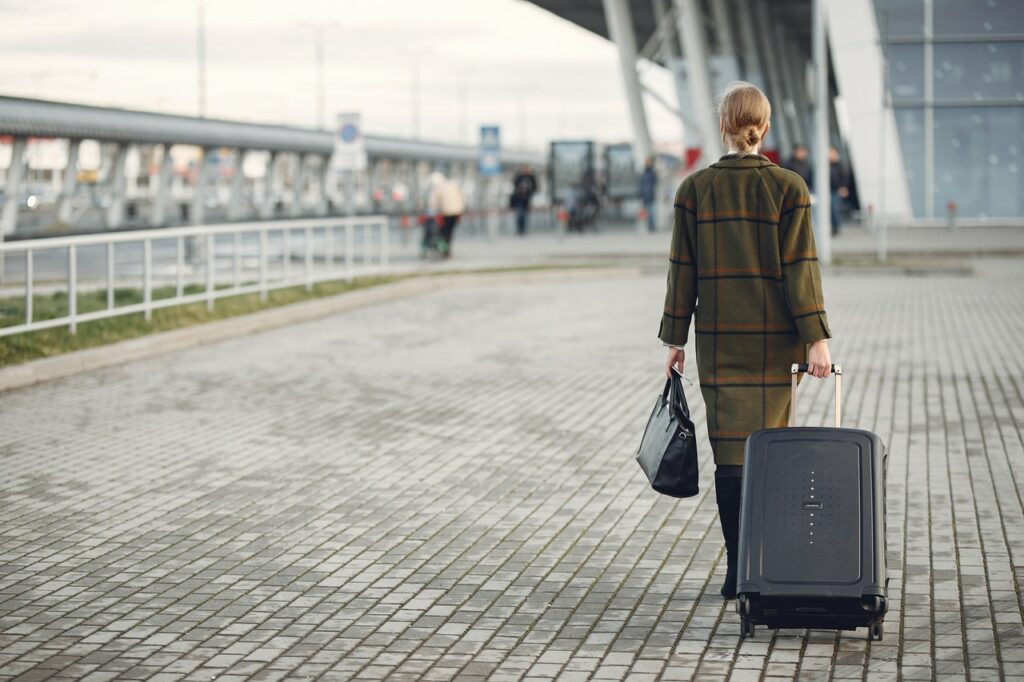 Tips for finding safe luggage storage places in New York City 2021