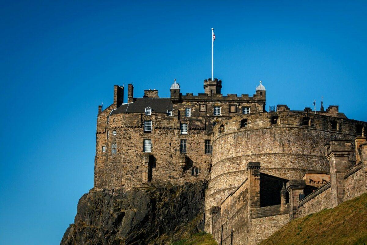 Edinburgh Airport to City Centre: best options