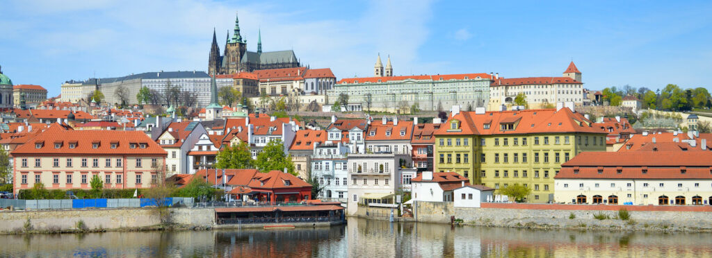 Convenient solutions from Prague Airport to the City Centre