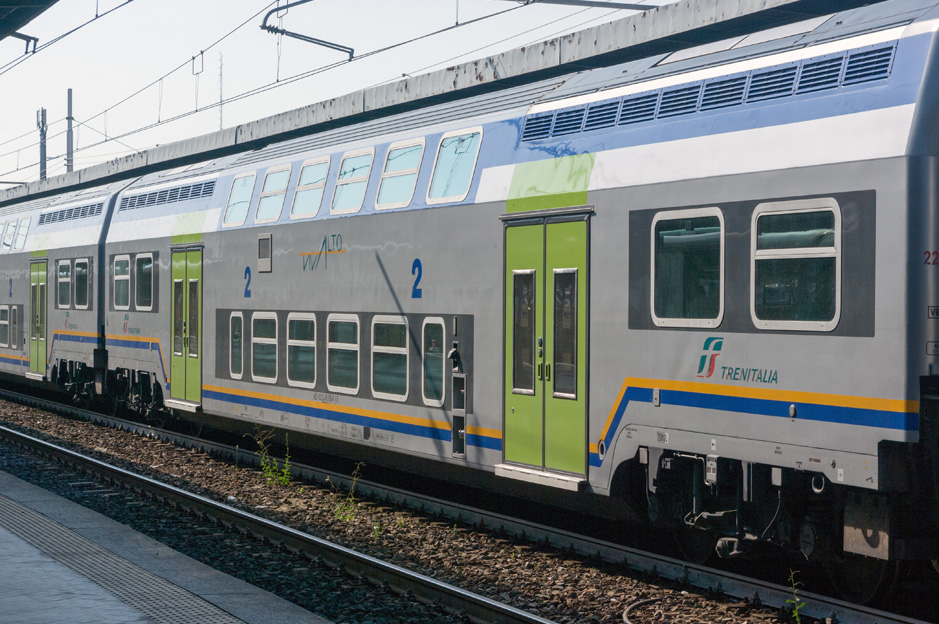 rome airport to city centre by train