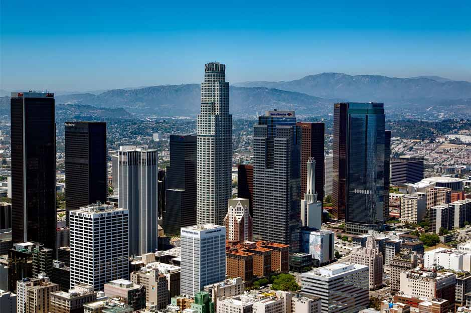 los angeles all by yourself: is la safe?