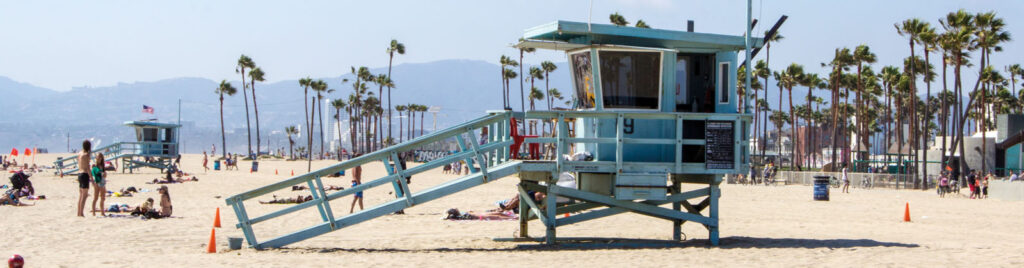 Actually cool things to do alone in Los Angeles
