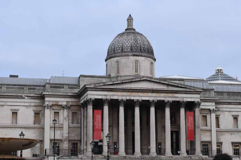 Trafalgar square: National Gallery