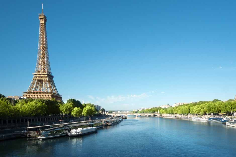 Paris left luggage: price