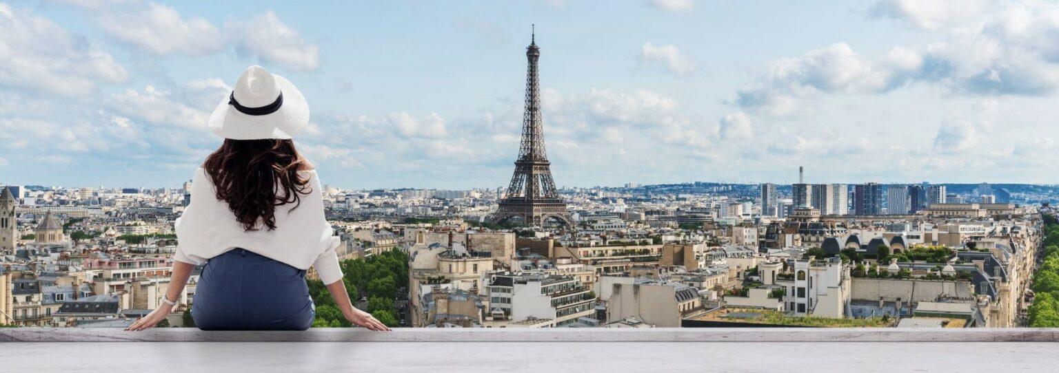 Tourists'-expectations-of-Paris-1536x542